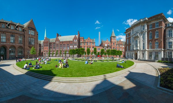 Mit den Postgrad Solutions Study Bursaries an der Liverpool University studieren