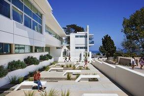 Moderne Anlagen und bestes Wetter im Auslandssemester am SBCC genießen.